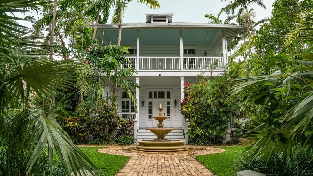 8 Smart Reasons Why You Need A High-End Property In Florida In 2019