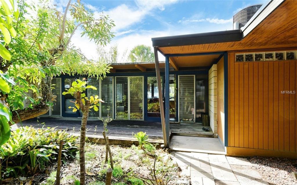 SOLD: Siesta Beach Home for $560,000