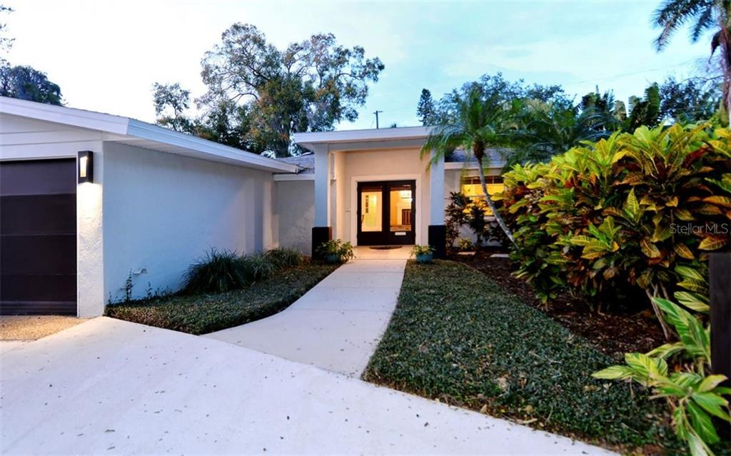 SOLD: West of the Trail Sarasota Home for $650,000
